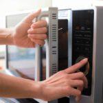 Riciclo alimentare: come usare il microonde e valorizzare gli avanzi